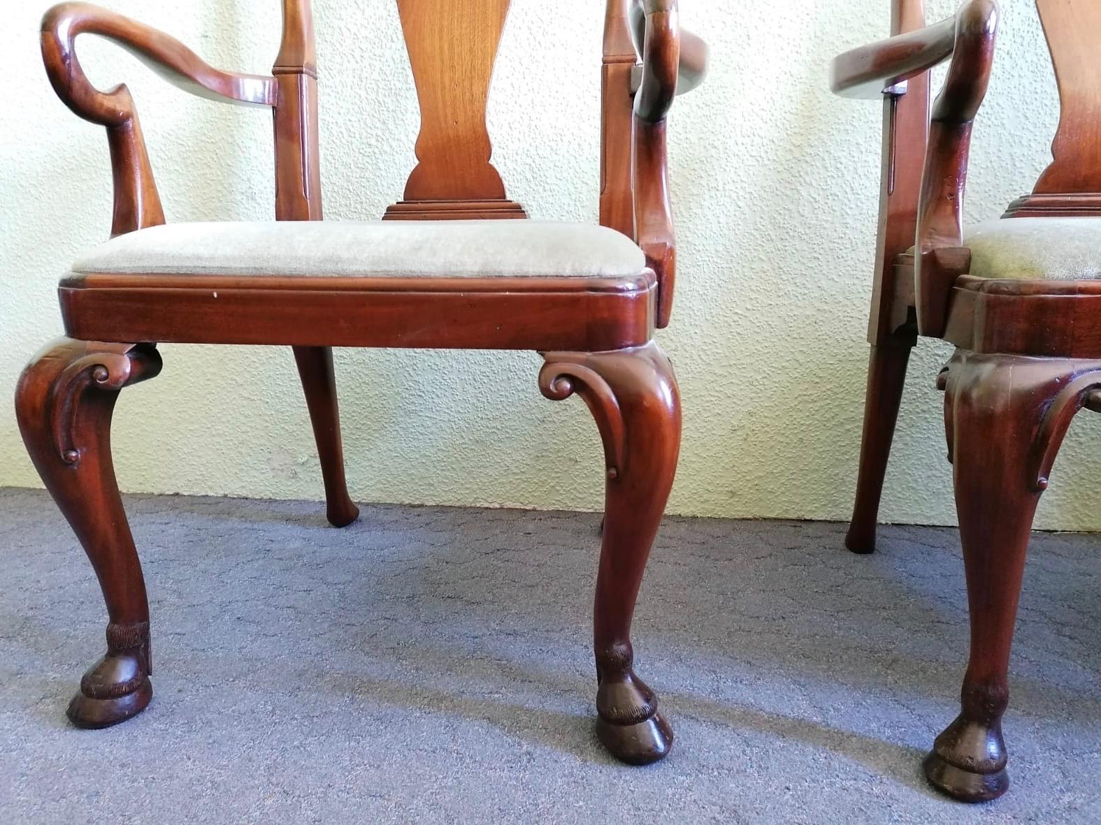 Armlehnstühle im Barock-Stil