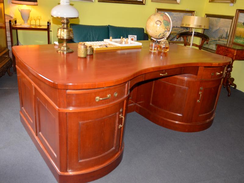 Ballin-Kohlbecker-Schreibtisch